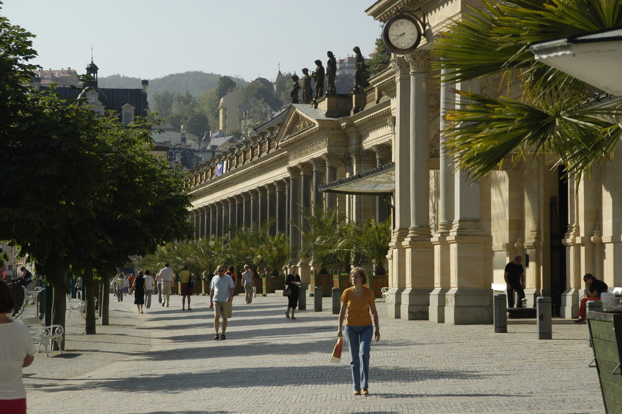 Mlýnská kolonáda   Karlovy Vary